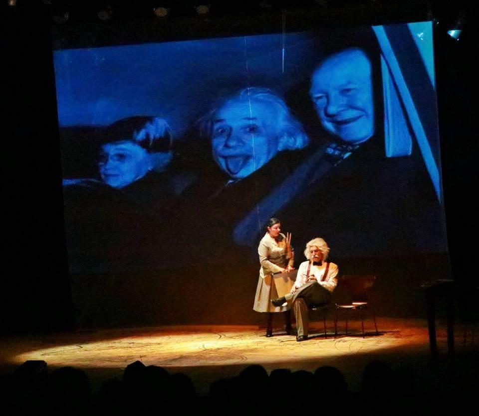 "Espetáculo | ""Luz em Einstein"" @ Teatro da UFSC | Santa Catarina | Brasil"